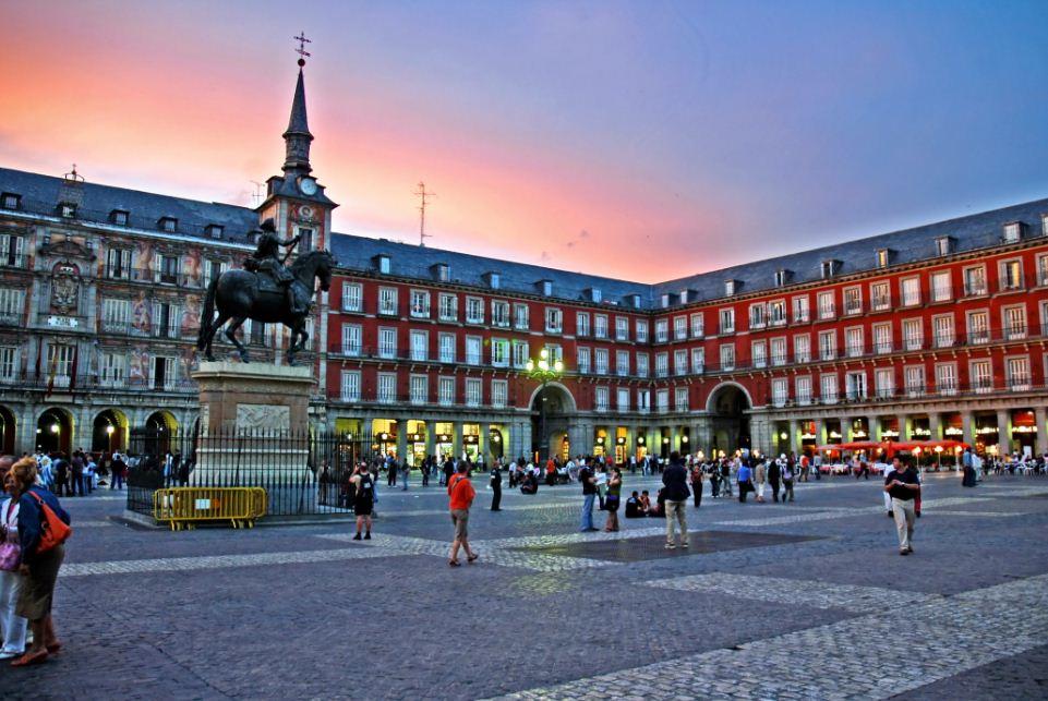 Plaza-Mayor-Intercâmbio-em-Madri