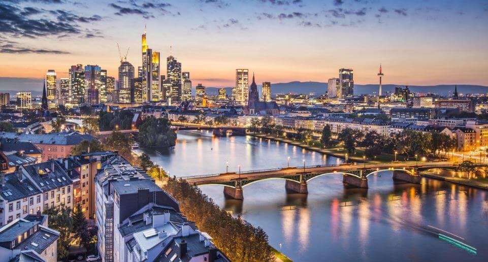 As 6 melhores escolas da Alemanha para fazer intercâmbio - Frankfurt