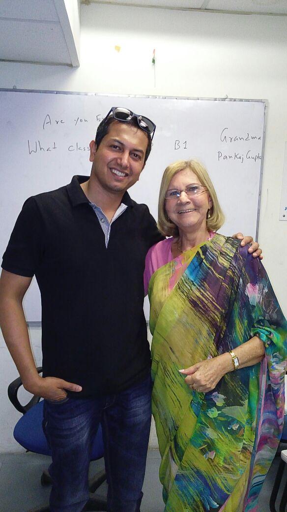 Escola Ilsc Nova Déli Estudante E Professor