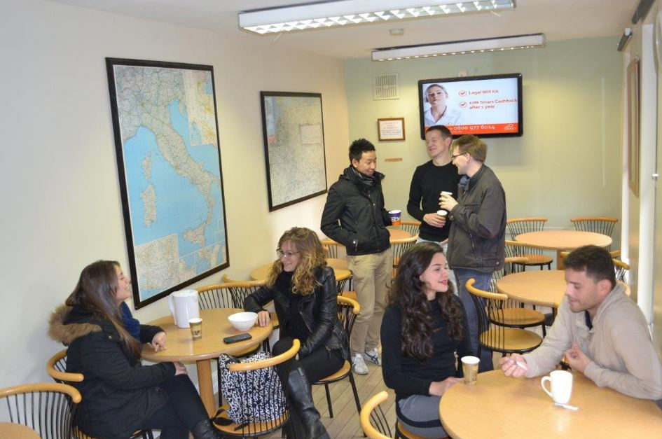 Escola The Horner School Of English Dublin Coffee Room