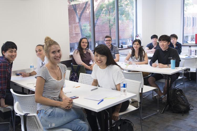 Curso de inglês na escola Ilac Toronto de 4 semanas